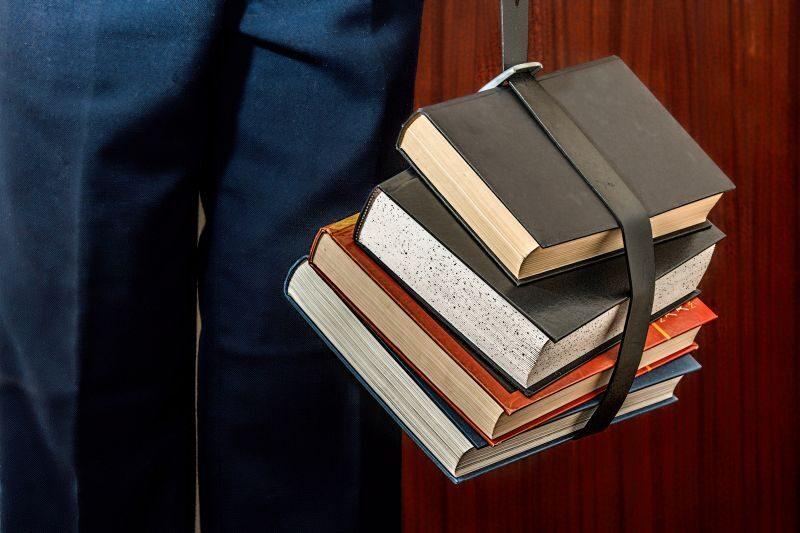 books_student_study_education_university_studying_school_college-1061854.jpg!s2.jpg